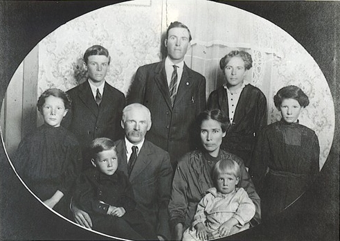 Family of Warren and Minnie Bell Whitehead